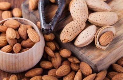 Eπιδρούν θετικά στα επίπεδα χοληστερόλης στο αίμα και μειώνουν την «κακή», όπως και τον κίνδυνο καρδιακών παθήσεων.