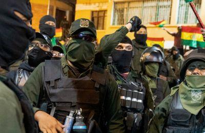 Ο αντιπρόεδρος της Βολιβίας επίσης παραιτήθηκε, καταγγέλλοντας ένα «πραξικόπημα» της συντηρητικής αντιπολίτευσης.