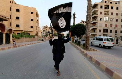 Η γαλλική κυβέρνηση έχει δηλώσει στο παρελθόν ότι θα προτιμούσε οι μαχητές του ΙΚ που κρατούνται στη Συρία και το Ιράκ να δικαστούν σε αυτές τις χώρες