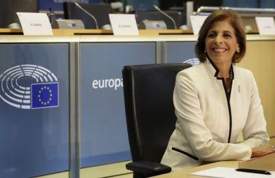 Στην Κύπρια Επίτροπο Υγείας στρέφονται οι ελπίδες για την σωστή πληροφόρηση των Ευρωπαίων πολιτών ως προς τις επιπτώσεις του καπνίσματος