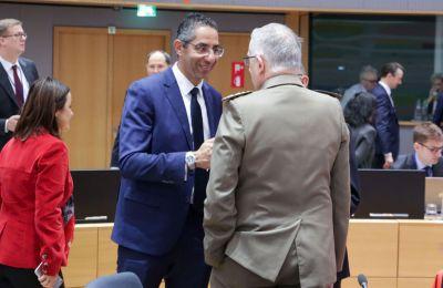 «Οι Υπουργοί Άμυνας της Ευρώπη είχαμε την ευκαιρία και συζητούμε ζητήματα που αφορούν τα ευρωπαϊκά προγράμματα μέσω της PESCO».