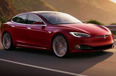 Η είσοδος της Tesla στη Γερμανία είχε ξεκινήσει το 2016 με την εξαγορά της γερμανικής εταιρείας Grohmann Engineering.