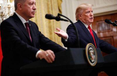 Για «πολύ ειλικρινείς» μεταξύ τους συζητήσεις έκαναν λόγο οι ηγέτες ΗΠΑ και Τουρκίας