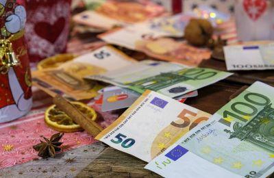 Αφορά λήπτες ΕΕΕ, δημοσίου βοηθήματος, χαμηλοσυνταξιούχους και επιδόματος μικρής επιταγής