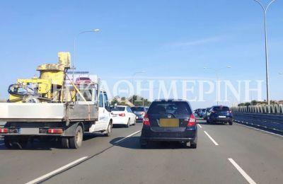 Φωτογραφίες από την αυξημένη τροχαία κίνηση στον αυτοκινητόδρομο Λεμεσού-Λευκωσίας