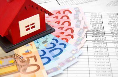Συζητήθηκε και το θέμα των χρεώσεων των τραπεζών