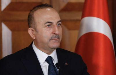 «Η στάση που τηρεί η ΕΕ έναντι της χώρας μας είναι άδικη και απαράδεκτη», δήλωσε ο Τσαβούσογλου.