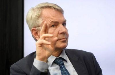 Ο Φιλανδός ΥΠΕΞ σημειωσε ότι «δε βλέπουμε άλλο τρόπο από τη διαδικασία υπό τα ΗΕ».