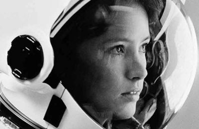 Κατά τη διάρκεια της καριέρας της στη NASA, η Δρ. Φίσερ έχει συμμετάσχει σε τρία μεγάλα προγράμματα
