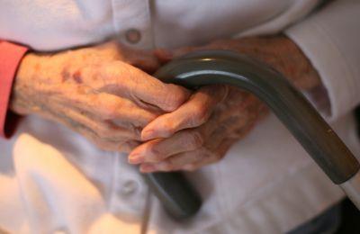Ψυχικά ασθενείς συνυπάρχουν με ηλικιωμένους, χωρίς οποιαδήποτε παροχή φροντίδας από τις αρμόδιες αρχές