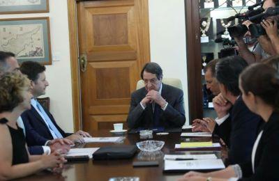 Σύσκεψη στο Προεδρικό με ΔΕΦΑ και εμπλεκόμενους φορείς για ΦΑ
