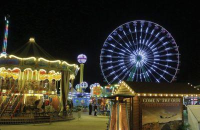 Η Παραμυθούπολη των Χριστουγέννων φέτος εμφανίζεται πιο ανανεωμένη από ποτέ, με σύγχρονα και εντυπωσιακά παιχνίδια.