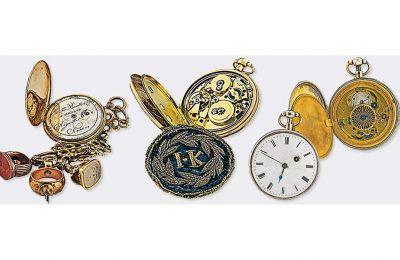 Από αριστερά, τα ρολόγια τσέπης του Θεόδωρου Κολοκοτρώνη, του Ιωάννη Καποδίστρια και του Ανδρέα Μιαούλη.