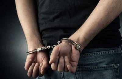 Οι έρευνες συνεχίζονται και δεν αποκλείεται να προκύψουν κι άλλες συλλήψεις.