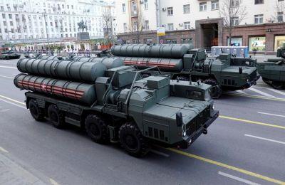 Οι συστοιχίες πυραύλων S-400 θα είναι επιχειρησιακές και «ετοιμοπόλεμες» πριν από την άνοιξη του 2020.