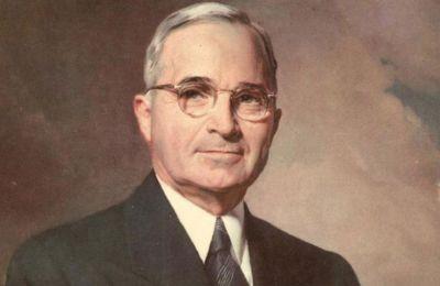Από τον George Washington μέχρι και τον Harry S. Truman, οι πρόεδροι μπορούσαν να υπηρετούν όσες θητείες κατάφερναν να κερδίσουν.
