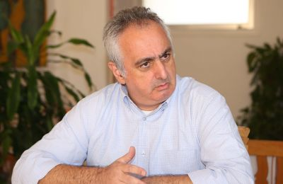 Μιλώντας για τις τουρκικές προκλήσεις στο Βαρώσι, υποστηρίζει πως διά της νομικής οδού μπορούμε να εμποδίσουμε την τουρκική πλευρά από το να ανοίξει την περιφραγμένη πόλη της Αμμοχώστου