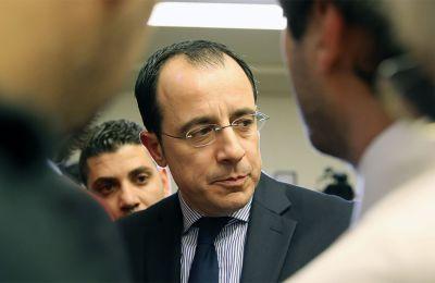 Το πρωί της Δευτέρας ο κος Χριστοδουλίδης θα συμμετάσχει σε πρόγευμα εργασίας που θα παραθέσει ο Έλληνας Υπουργός Εξωτερικών