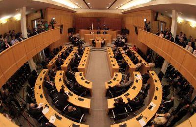 Η συζήτηση του Κρατικού Προϋπολογισμού για το 2020 θα αρχίσει στις 16:00 και αναμένεται να έχει διάρκεια 4 ώρες και 40 λεπτά.
