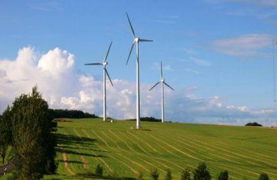 Για τρία σκάνδαλα γύρω από το θέμα των έργων για ανανεώσιμες πηγές ενέργειας κάνει λόγο ο σύνδεσμος Ηλιοθερμικών Ενεργειακών Πάρκων με αποθήκευση.