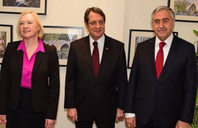 Συνάντηση Αναστασιάδης, Ακιντζί και Σπέχαρ σε δικοινοτικό συνέδριο τη Δευτέρα