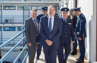 Ο κ. Σαββίδης, συνοδευόμενος από τον Αρχηγό Αστυνομίας, Κύπρο Μιχαηλίδη, πραγματοποίησε την πρώτη του επίσημη επίσκεψη στην ΑΔΕ Λεμεσού