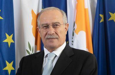 «Θα συζητηθεί το θέμα με τον Υπουργό Εξωτερικών και θα ληφθούν αποφάσεις».