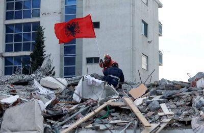 Σε εγρήγορση βρίσκονται και οι εισαγγελίες των Τιράνων, αλλά και σε άλλους νομούς που επλήγησαν από τον σεισμό.