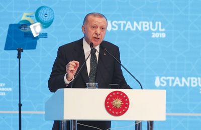 Ο ίδιος ο Τούρκος πρόεδρος εκμυστηρεύθηκε τον φόβο του ότι η χώρα του κινδυνεύει «να στριμωχτεί στον κόλπο της Αττάλειας»