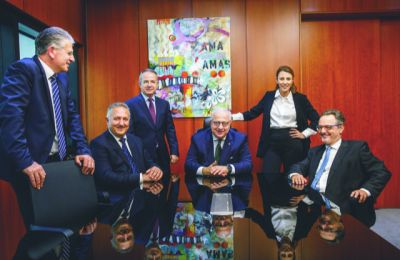 Από αριστερά προς δεξιά της φωτογραφίας, Ανδρέας Θεοδωρίδης, Γιώργος Άππιος, Νεοκλής Νεοκλέους, Κωνσταντίνος Λοϊζίδης, Πάολα Ιωάννου και Μάριος Σαββίδης