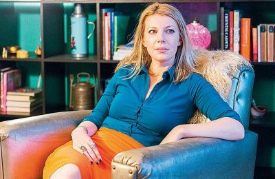 Η ανταποκρίτρια των Times του Λονδίνου στην Αγκυρα, Χάνα Λουσίντα Σμιθ, η οποία εξέδωσε βιβλίο με τίτλο «Erdogan Rising: The battle for the soul of Turkey».