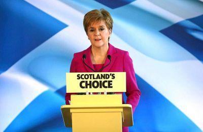 Στέρτζον: Δεν θα κρατήσετε τη Σκωτία στο Ηνωμένο Βασίλειο παρά τη θέλησή της