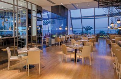 Τα εστιατόρια χωρίζονται σε έξι διαφορετικές κατηγορίες κουζίνας: Κυπριακή, Θαλασσινά, Έθνικ, Street Food, Διεθνής και Μεσογειακή.