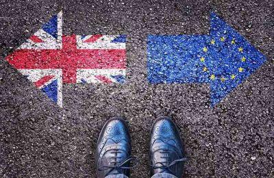 Το Reuters μετέδωσε τον Νοέμβριο ότι η Βρετανία απειλούσε να απελάσει Ευρωπαίους πολίτες εάν δεν κατάφερναν να καταθέσουν εγκαίρως αίτηση
