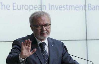 Η ΕΤΕπ θα συνεχίσει να ενεργεί σύμφωνα με την προσέγγιση που υιοθετήθηκε από τα κράτη - μέλη της ΕΕ και την Ευρωπαϊκή Επιτροπή.