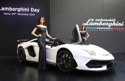 Η Lamborghini παρουσίασε το επόμενο μοντέλο Veneno στο Σαλόνι Αυτοκινήτου της Γενεύης το 2013.