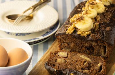 Δοκιμάστε αυτή τη φανταστική συνταγή με μπανάνες και καρύδια που είναι το κάτι άλλο!