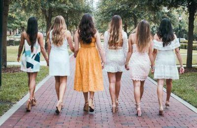 Είναι ευκαιρία, λοιπόν, οι γυναίκες να αφιερώσουν λίγο χρόνο στον εαυτό τους περνώντας ποιοτικό χρόνο με τις φίλες τους.