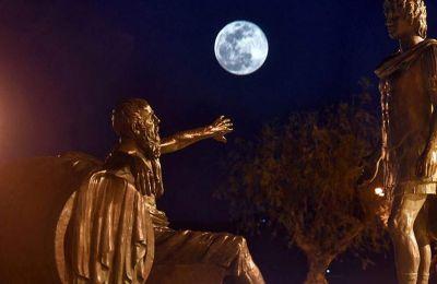 Η πανσέληνος του Μαρτίου ήταν γνωστή στους Ινδιάνους της Αμερικής ως «πανσέληνος των σκουληκιών»