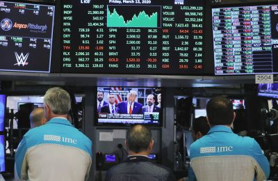 Στην Ασία τα χρηματιστήρια, συνέχισαν την καθοδική του πορεία, με τους τρεις κύριους δείκτες να κλεινουν τη μέρα με αρνητικό πρόσημο.
