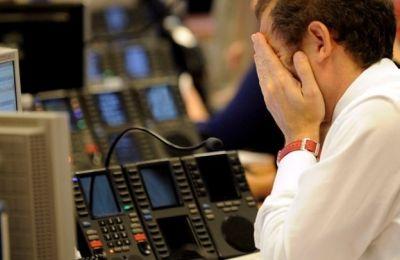 Χθες, η αμερικανική κεντρική τράπεζα (Fed) μείωσε τα επιτόκια κοντά στο μηδέν σε μια ακόμα έκτακτη κίνηση, λέγοντας ότι η πανδημία έχει «βαθύ» αντίκτυπο στην οικονομία