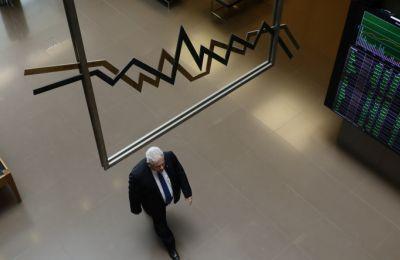 Έρευνα έδειξε ότι το καταναλωτικό κλίμα στη μεγαλύτερη ευρωπαϊκή οικονομία, τη Γερμανία, σημείωσε βουτιά στο χαμηλότερο επίπεδό του από το 2009