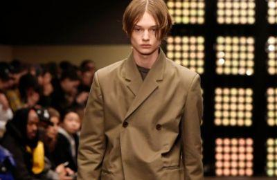 Οι γαλλικοί οίκοι μόδας Balenciaga και Yves Saint Laurent του ομίλου Kering θα παράγουν μάσκες