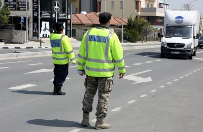 Την Κυριακή 29 Μαρτίου αναμένεται ότι θα φτάσει στην Κύπρο με πτήση cargo από την Κίνα ένα φορτίο με αριθμό προστατευτικών στολών.
