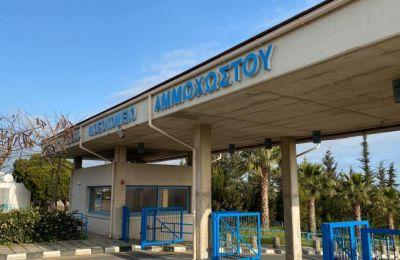 Σημειώνεται ότι από τις 11 Μαρτίου, όταν άρχισε να λειτουργεί το Νοσοκομείο Αναφοράς νοσηλεύτηκαν με κορωνοϊό 83 ασθενείς