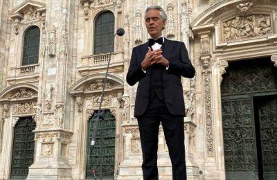 Η συναυλία του πραγματοποιήθηκε με αφορμή την Κυριακή του Πάσχα των Καθολικών στην Ιταλία
