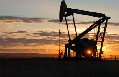 Το κραχ του αιώνα στο πετρέλαιο: Γιατί κατέρρευσε;