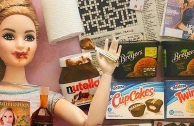«Όταν ξεκίνησε η καραντίνα είχα δει ένα post με την Barbie της Πανδημίας και σκέφτηκα να κάνω ρεαλιστικές Barbie», λέει η ίδια στο POPSUGAR