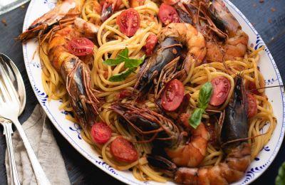 Μόνο η μυρωδιά που θα έχει η κουζίνα σας είναι αρκετή να σας ταξιδέψει σε όμορφη παραλία και νόστιμο φαγητό