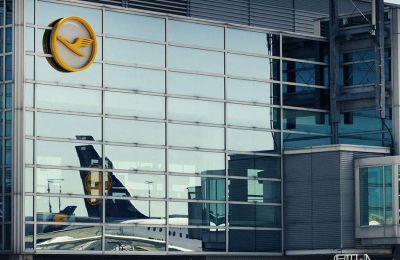 H μετοχή της Lufthansa σημείωσε νέα πτώση κατά 3%.